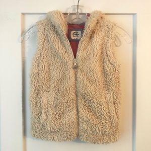 Mini Boden 5-6Y Sherpa Faux Fur Zip Hooded Vest